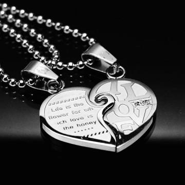 LOVE FOREVER Srebrna obeseka za pare v obliki srca iz kirurškega jekla P-268a